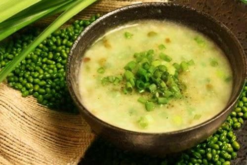 Món cháo vịt đậu xanh bùi béo