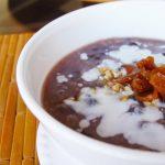 Cháo đậu đỏ nước dừa béo ngậy hấp dẫn cho bé biếng ăn