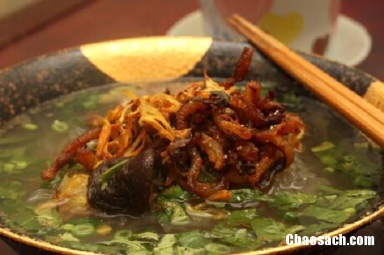 Thưởng thức món miến lươn khô giòn tan