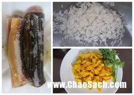 Cháo lươn nấu cùng bí đỏ