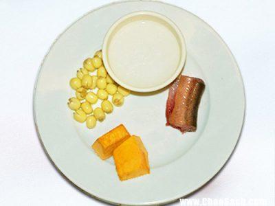 Cháo lươn hạt sen bí đỏ bổ dưỡng và tốt cho sức khỏe của bé