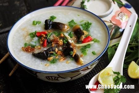 Món cháo lươn trông rất hấp dẫn giúp các bà bầu bổ sung dinh dưỡng