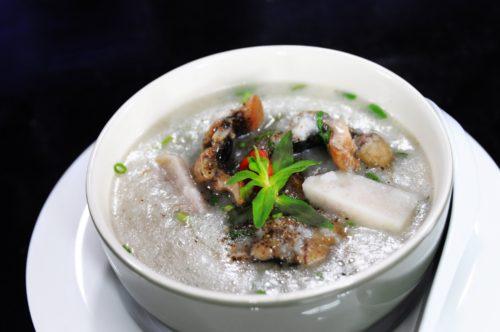 Cháo lươn nấu với rau gì cho bé ăn dặm ngon lành?