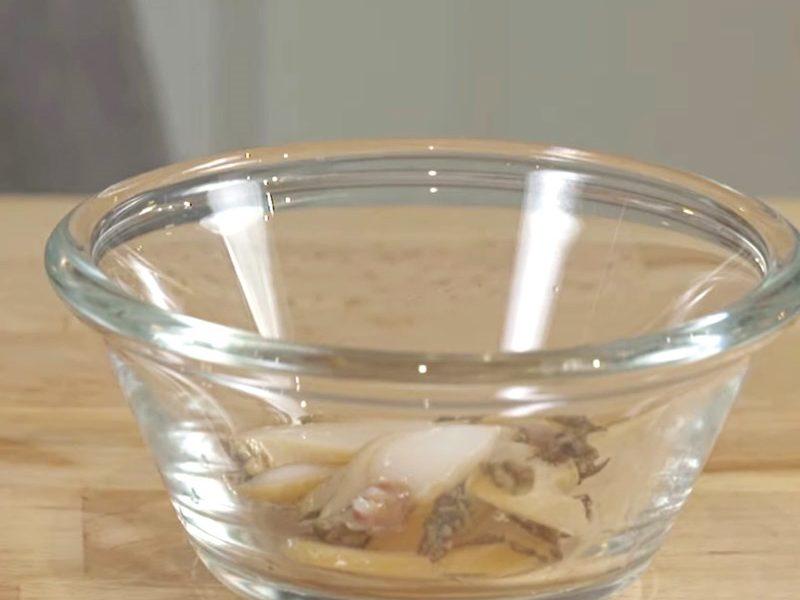 Bào ngư rửa sạch cắt nhỏ