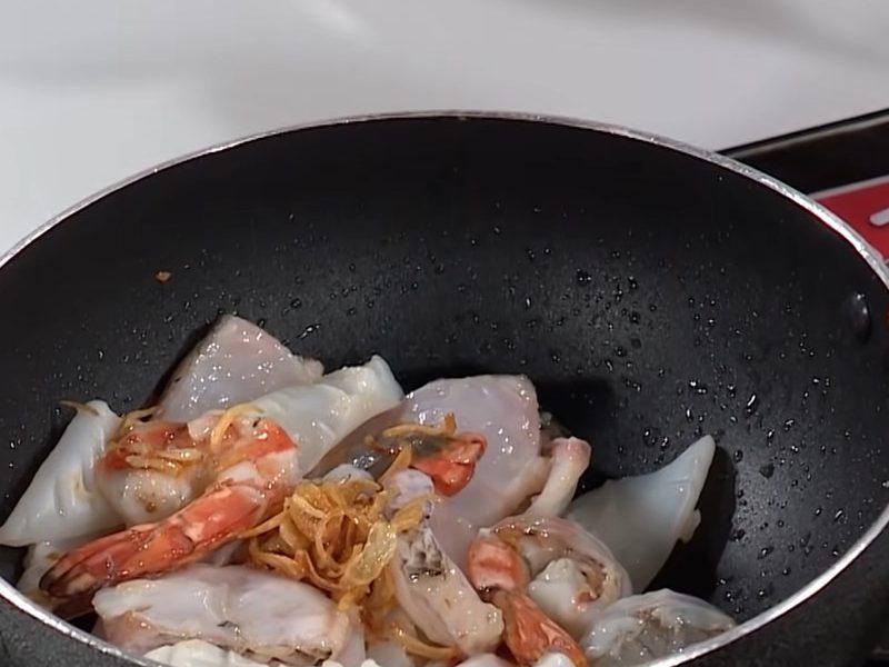 Xào hải sản