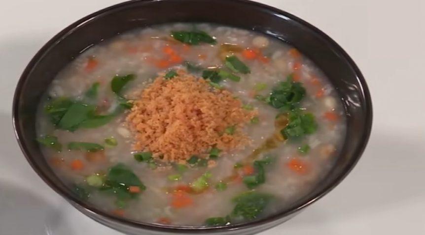 Món cháo đậu chà bông cá hồi đầy đủ dinh dưỡng cho bé