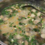 Món cháo sò lông thơm ngon hấp dẫn cho ngày mưa