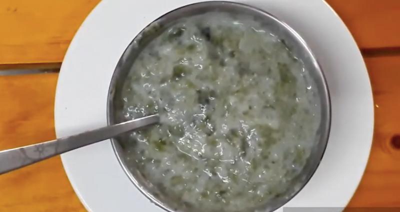 Món cháo trứng rong biển bổ dưỡng cho bé ăn dặm