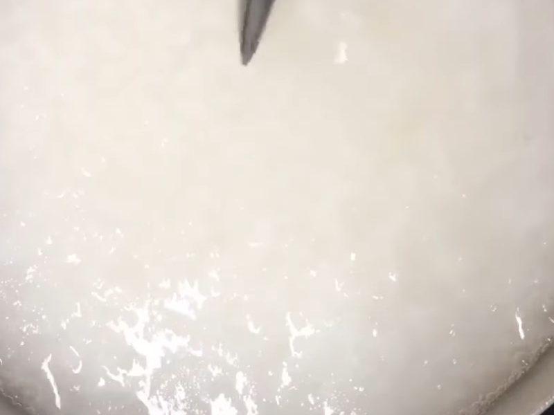 Nấu cháo trắng