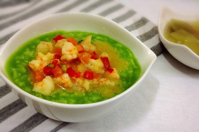 Món cháo cải kale và tôm