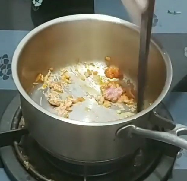 Xào thịt bò cà chua